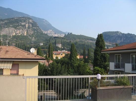 Villa delle Rose : Hotel rooftop view.