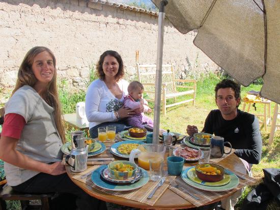 Llama Pack Backpacker: Tomando desayuno al aire libre