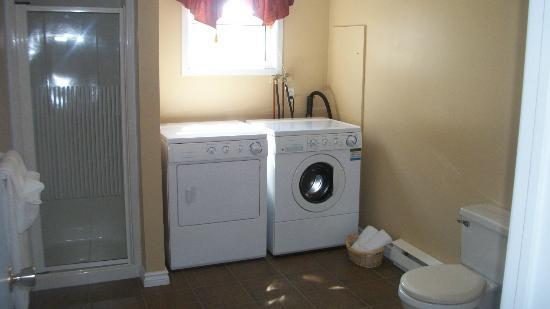 Nestle In B&B: Suite #5 offers prvate bath with laundry