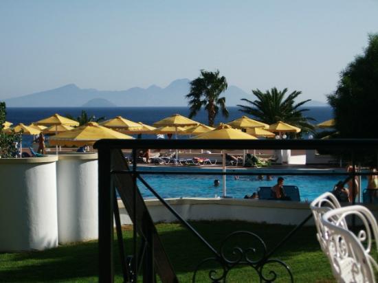 Mitsis Norida Beach Hotel: View from terrace