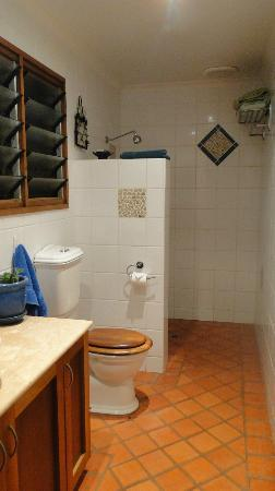The Bungalow Broome: Bathroom