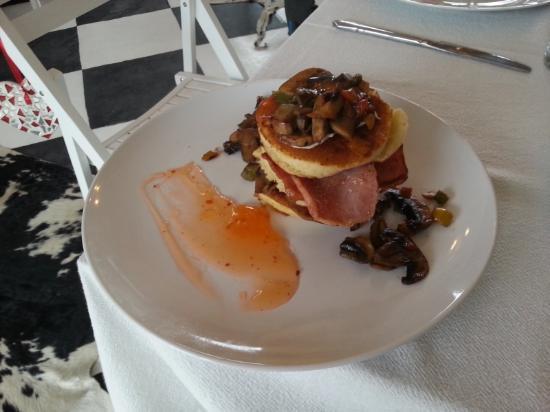 Klip & Kristal Guest House: Super Breakfast