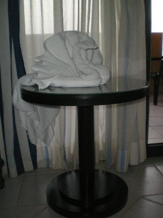 H10 Tindaya: Una scultura con gli asciugamani