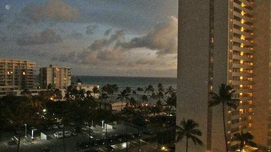 Lotus Honolulu at Diamond Head: dal terrazzo della camera