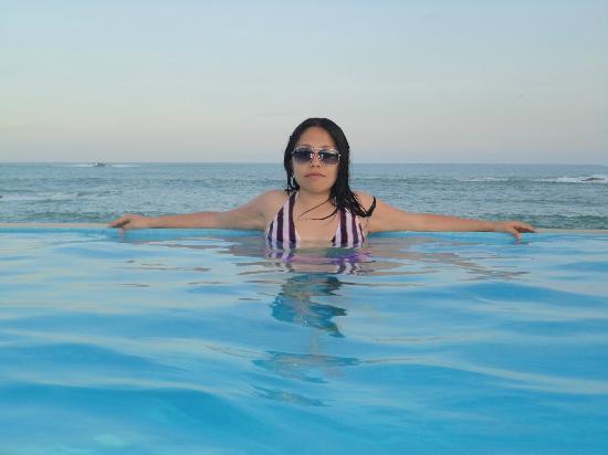 Dreams Huatulco Resort & Spa: En la alberca