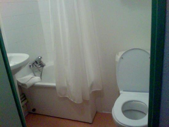 Apart Hotel Les Laureades : Salle de bain