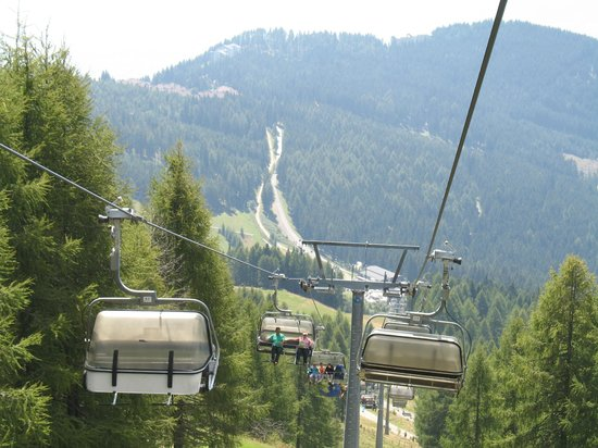 Sattendorf, Austria: Final stage chairlift