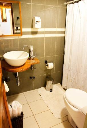 Parina Atacama Apart Hotel: Bathroom