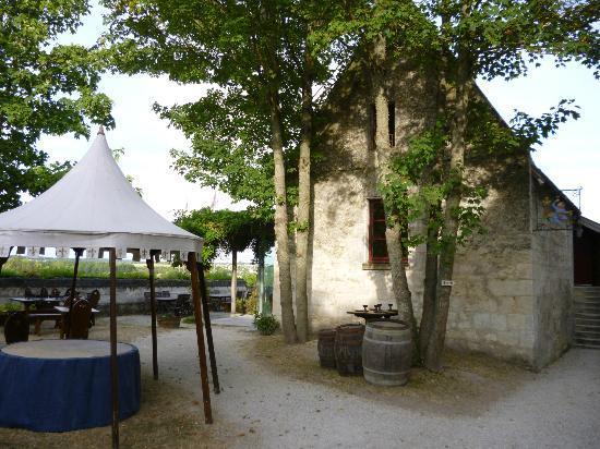 Sieur Sausin: The terrace
