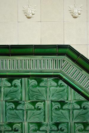 Victoria Baths: Beautiful tiling - awesome detailing