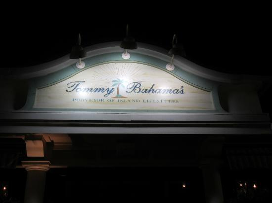 Tommy Bahama's Restaurant & Bar: Sign out front