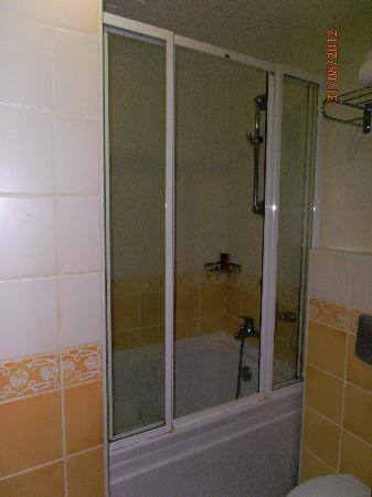 Asur Hotel: La doccia (foto 4)