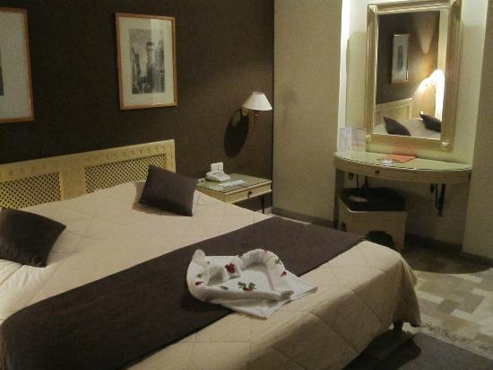 Vincci Flora Park: Lovely spacious room