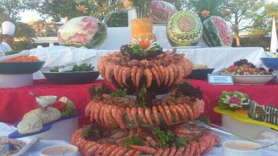 Barut Lara: gala buffet