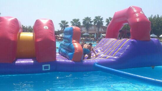 Barut Lara: pool games