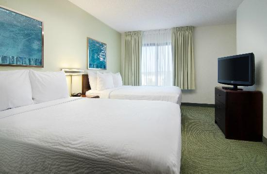 SpringHill Suites Nashville Airport: Suite with Two Double Beds