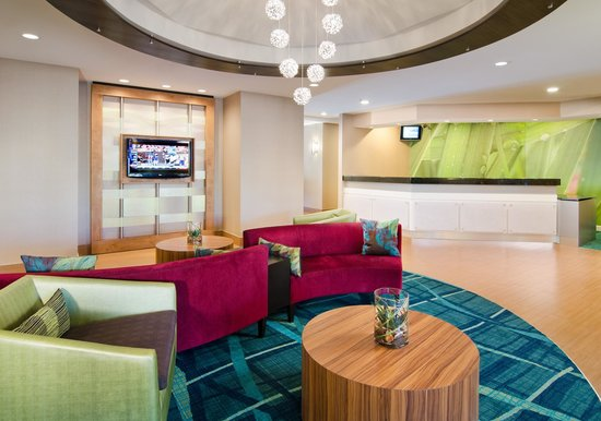 SpringHill Suites Nashville Airport: Main Lobby