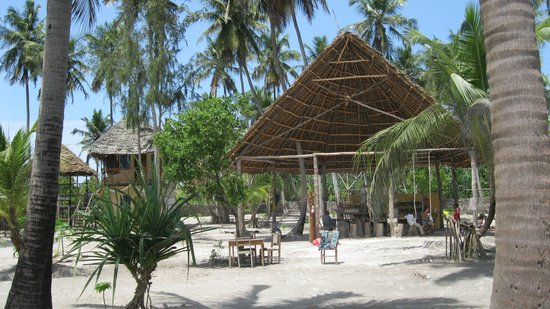 Motopwani Beach House & Restaurant