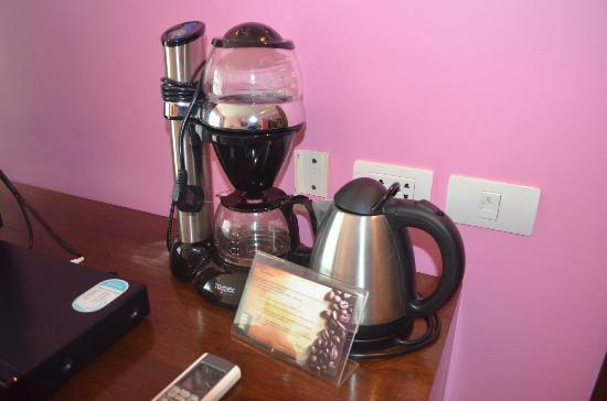 Elements Boutique Resort & Spa Hideaway: room coffeemaker