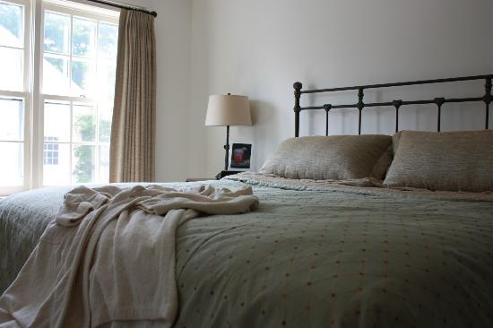 Old Lyme Inn: Guest room