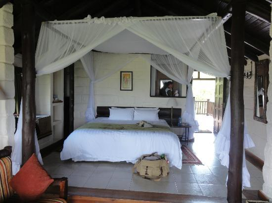 Great Rift Valley Lodge & Golf Resort: exquisite bed