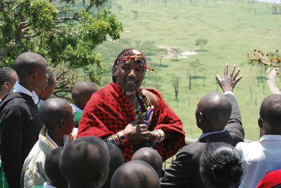 Great Rift Valley Lodge & Golf Resort: John enjoys the young audience at Nakuru