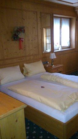 Jauch's Loewen: bed