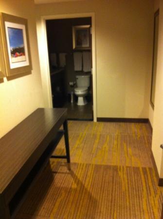 Comfort Suites Miami Airport North : Suite 316 Entrada