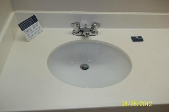 Extended Stay America - Portland - Scarborough: Sink