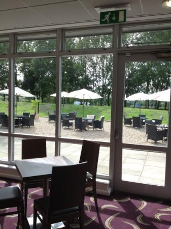 Holiday Inn Express Preston South: beautiful setting for breakfast