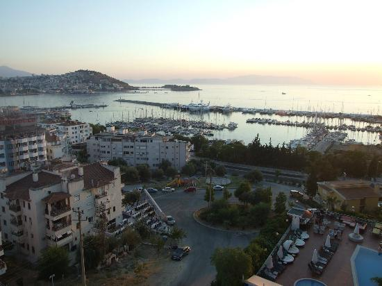 Suhan Seaport Hotel: MARINA AND HARBOUR