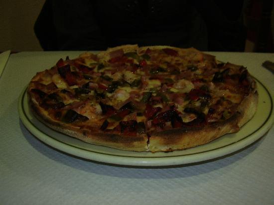 Restaurante mamma mia en noia con cocina italiana - Pizzeria venecia marbella ...