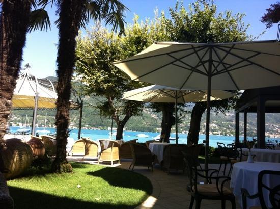 Bella Hotel & Leisure : garden