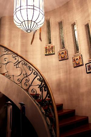 Casa Ramirez: Entry stair