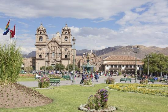 Casa Andina Classic Cusco Plaza: The main square of Cusco