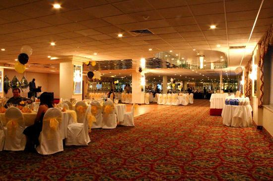 Royal Regency Hotel: banquet hall