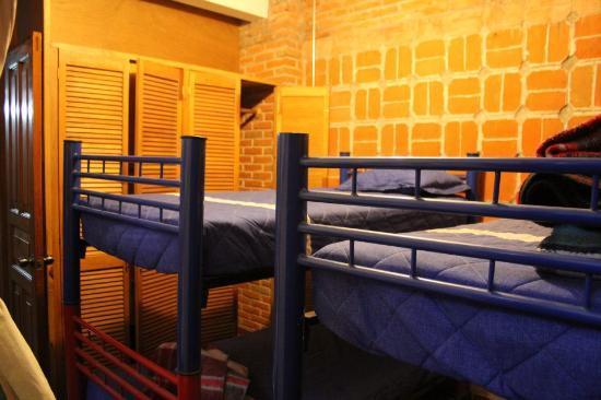El Cenote Azul Hostel: habitacion P