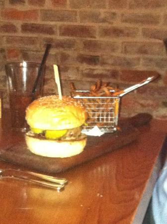 Parlor Market : burger