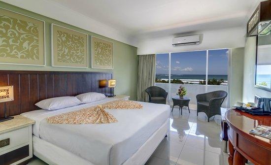 Maharani Beach Hotel: Deluxe Ocean View Room