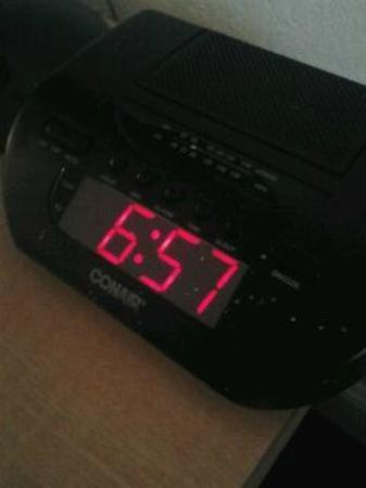 Monumental MovieLand: mold on the clock