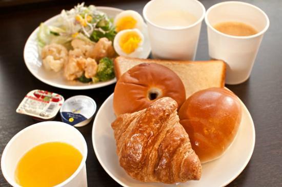 Super Hotel Chibaekimae: 健康朝食例