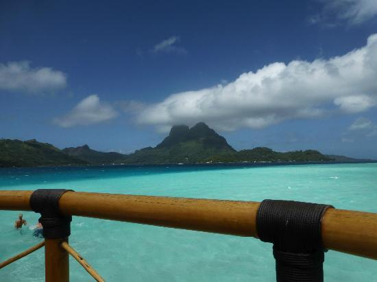 Bora Bora Pearl Beach Resort & Spa: Awesome view from our room #18