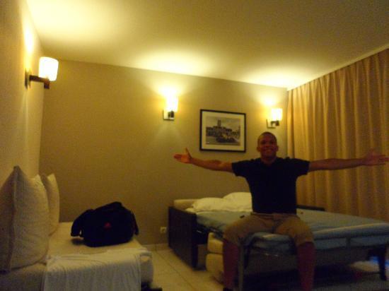 Adagio City Aparthotel Monte Cristo: Room view