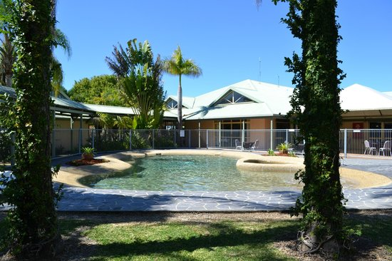 Best Western Ballina Island Motor Inn : Salt Water Swimming Pool and Spa