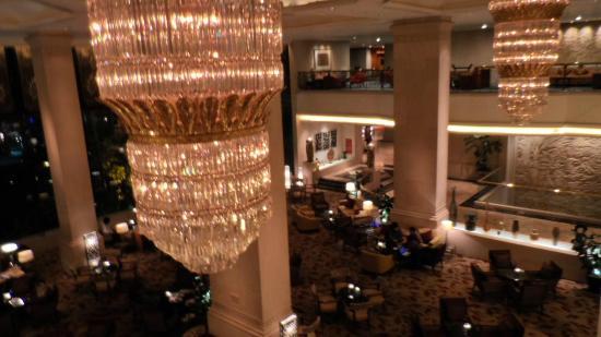 Shangri-La Hotel Jakarta: Vast Spaces