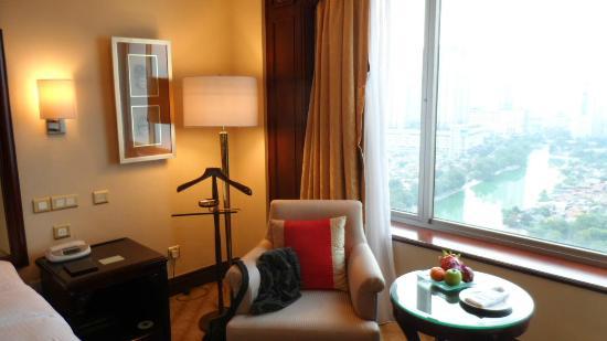 Shangri-La Hotel Jakarta: Shangri-La Horizon Club Room