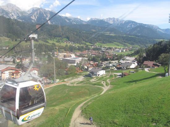 Planai & Hochwurzen: On the way up!
