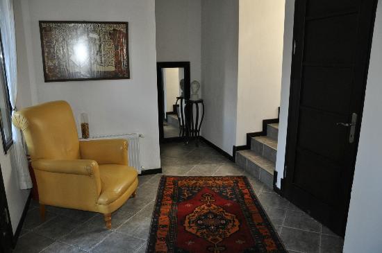 Ephesus Suites Hotel: Hall