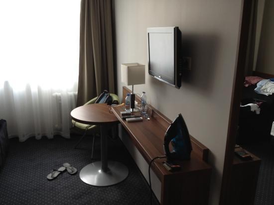 Tarnovia Hotel: Wall unit
