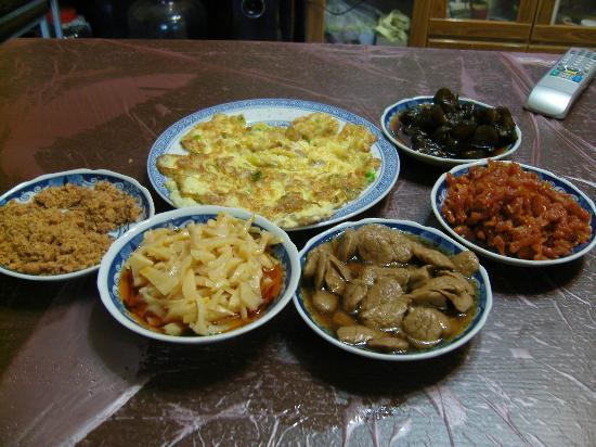 Lalashan Happy Farm: Our breakfast at Happy Farm.